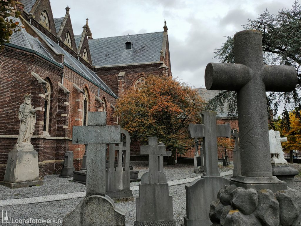 Oude graven rond de kerk