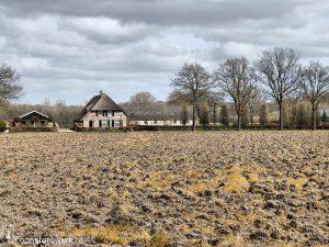 Moleneind (zandpad) en Loonse Molenstraat