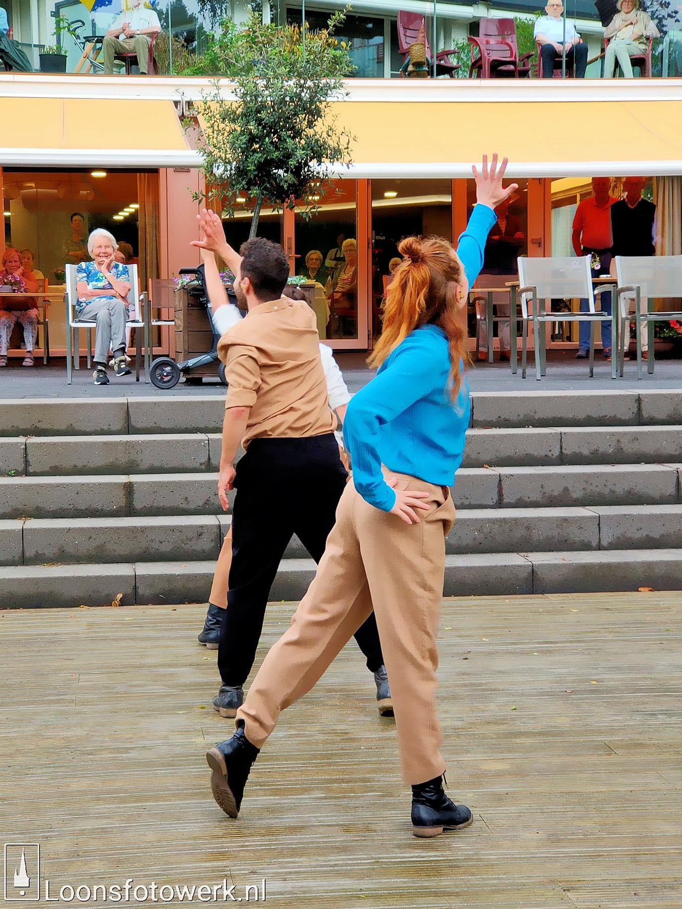 Dansnest danst voor Jan Bernard Koolen 28